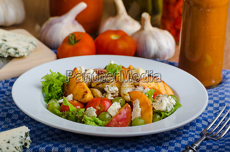 grilled fruit with blue cheese and