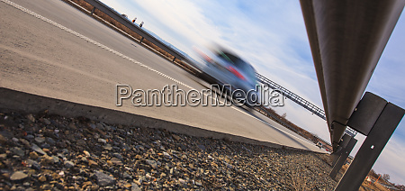 autobahnverkehr bewegung verschwommene autos auf