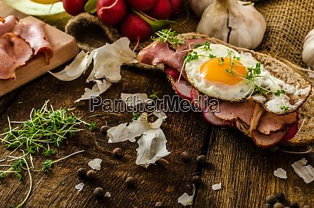 smoked ham sandwich rustic bread