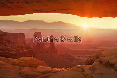 sunrise over la sal mountains washer