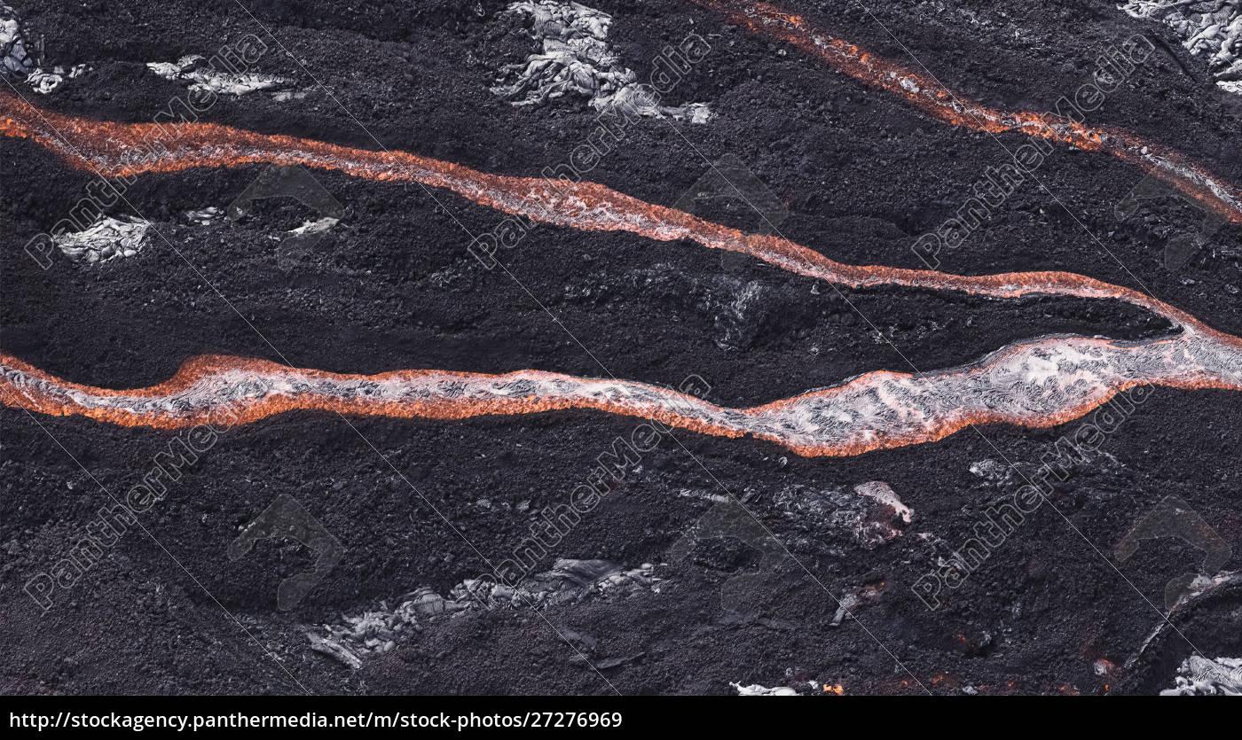 lava, flow, at, hawaii, volcano, national - 27276969