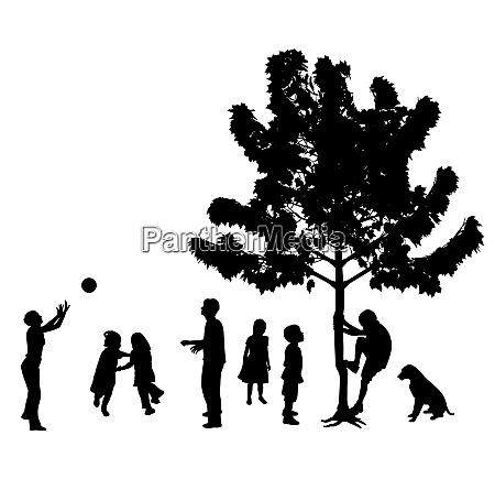 kinder spielen im park im freien
