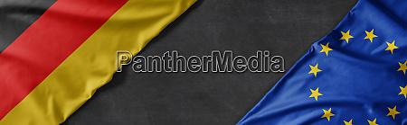 flaggen deutschlands und der europaeischen union