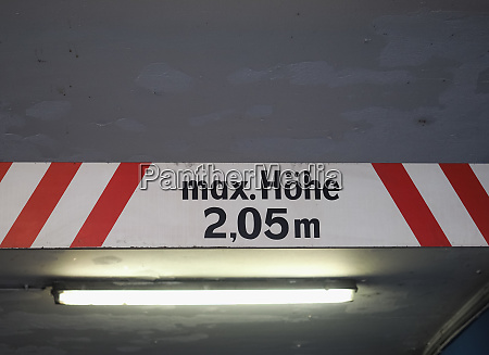 max hoehe max hoehe zeichen in