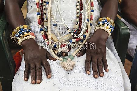 afrika benin ouidah nahaufnahme des traditionellen