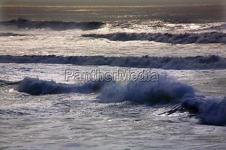 blue waves pacific ocean san francisco