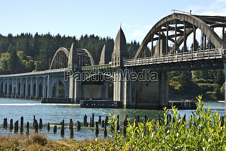 siuslaw river bridge old town florence