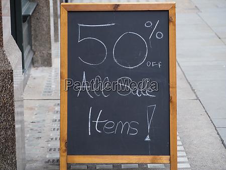 50 prozent umsatzzeichen