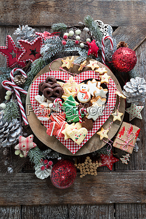bunte weihnachtsplaetzchen