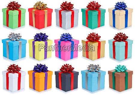 sammlung von geburtstagsgeschenken weihnachtsgeschenke isoliert auf