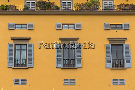 yellow building florence