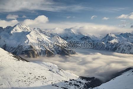winter in den alpen paradiski