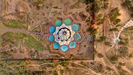 luftaufnahme ueber dem lotustempel delhi indien
