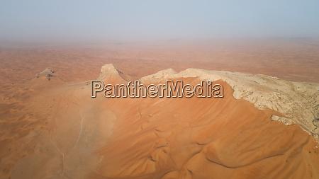 luftaufnahme der camel rock desert safari