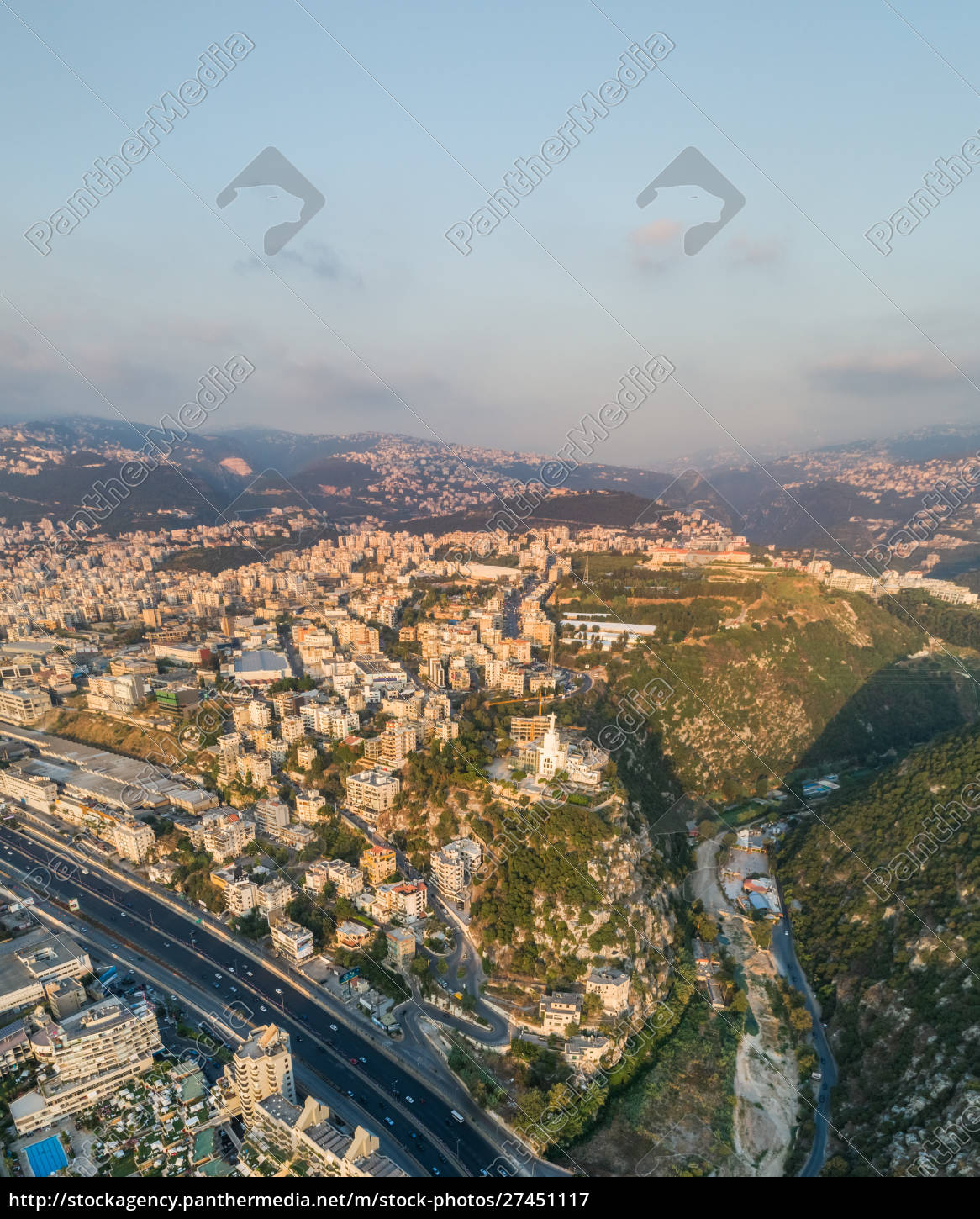 aerial, view, of, the, christ, statue - 27451117