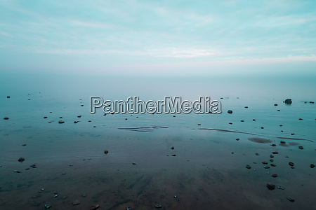 luftaufnahme von meer und horizont vom