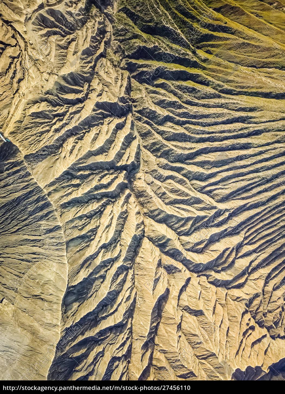 abstrakte, luftaufnahme, des, reliefs, des, vulkans - 27456110