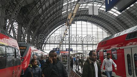 hauptbahnhof in frankfurt am main
