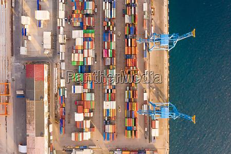 luftaufnahme des adriatic gate container terminals