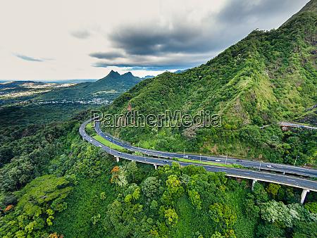 luftaufnahme des pali highway von windward