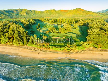 luftaufnahme des wailua golfplatzes kauai hawaii