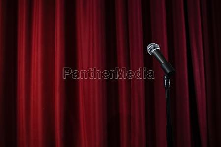 mikrofon auf der buehne