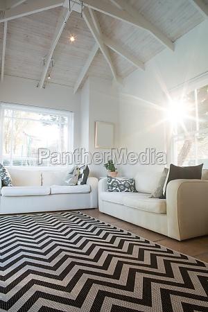 luxurioeses und modernes wohnzimmer