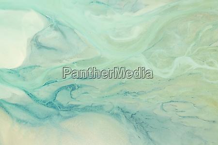 abstrakte luftaufnahme ueber der takapou bay