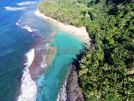 luftaufnahme von kee beach na pali
