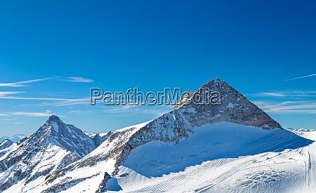 hintertuxer gletscher im winter tirol OEsterreich