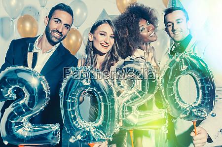 partyvolk, frauen, und, männer, feiern, silvester - 27661466