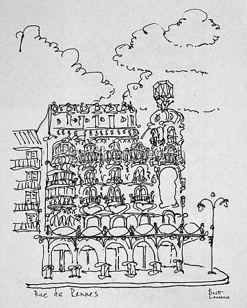 traditional haussmann building on rue de