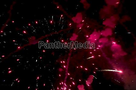 silvesterfeuerwerk innenansicht von feuerwerk