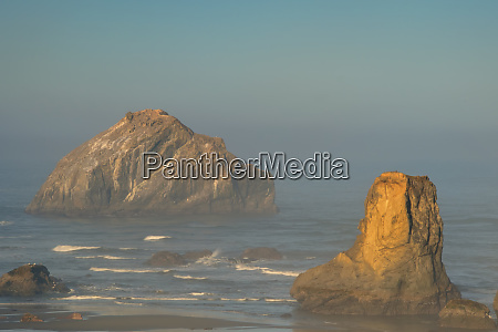 usa oregon bandon beach sunrise credit