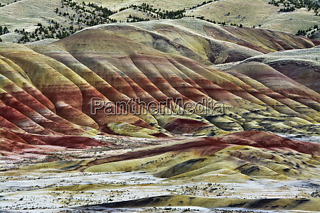 painted hills john day fossil beds