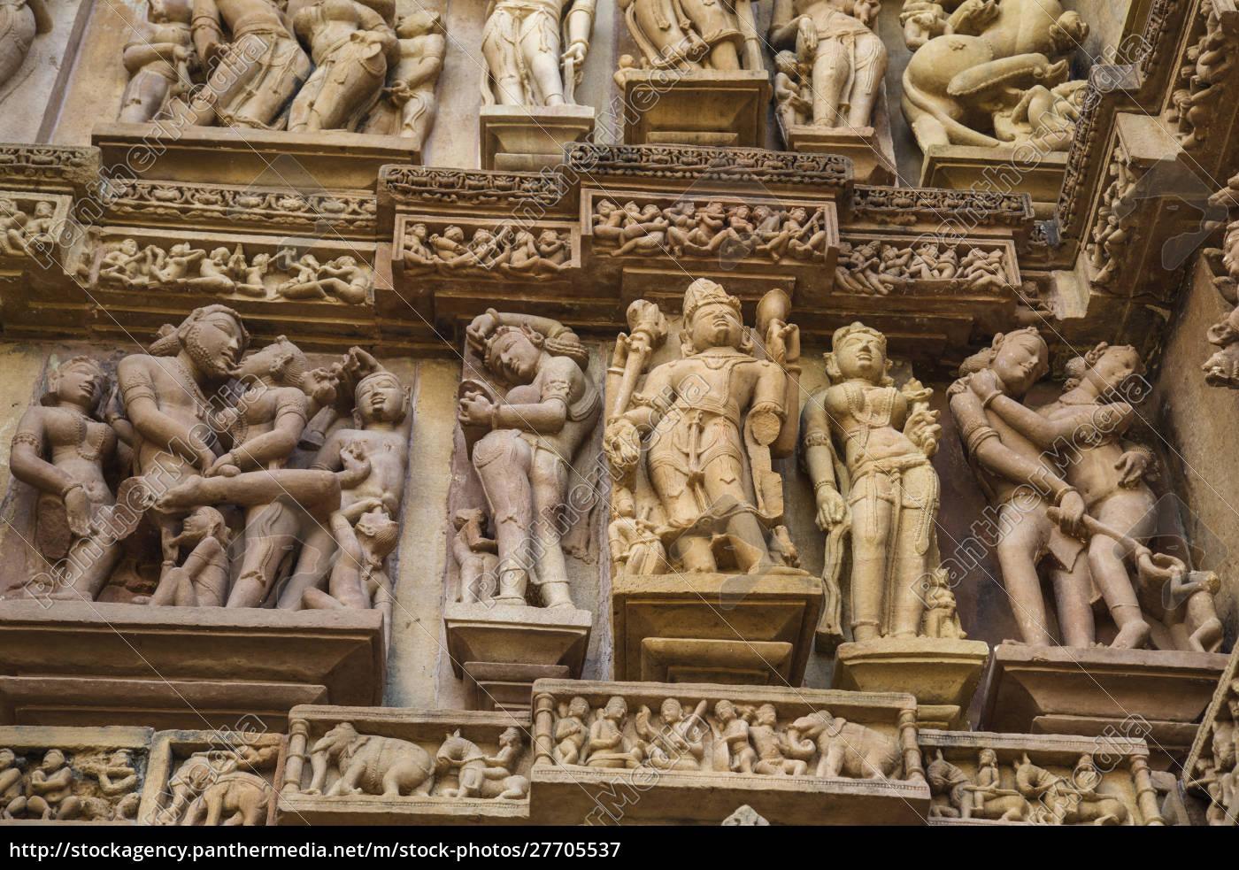erotische, skulpturen, von, khajuraho, madhya, pradesh, indien. - 27705537