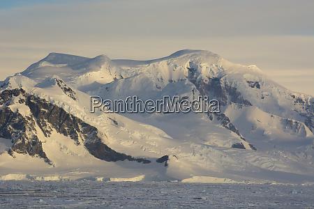 antarctica antarctic peninsula near adelaide island