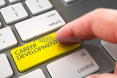 hand touching karriereentwicklung tastatur