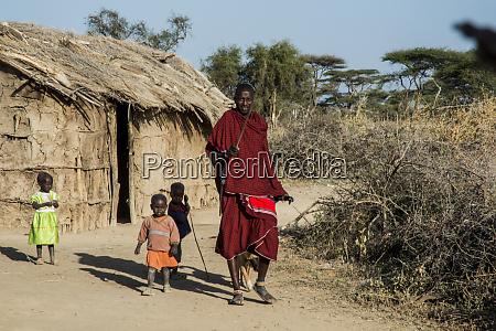 afrika kenia ausserhalb amboseli nationalpark maasai