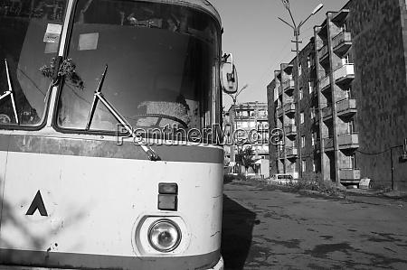 armenien alaverdi blick auf einen bus
