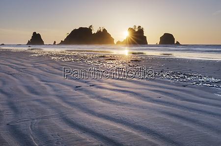 sunset on shi shi beach sea