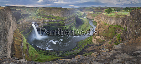 usa washington state palouse falls in