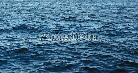 meeresoberflaechen wasserwellenwelligkeit