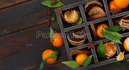 mandarinen und gewuerze