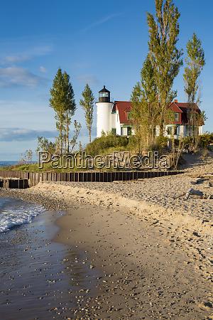 point betsie lighthouse on lake michigan