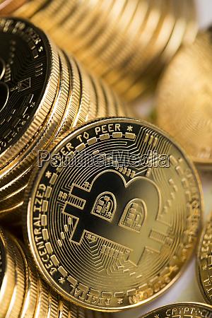 kryptowaehrung neues digitales geld bitcoin muenze
