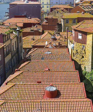 the roofs of the quarter ribeira