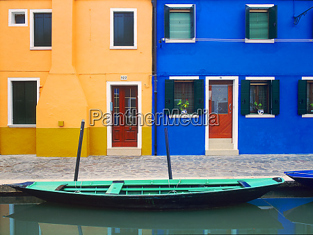 italy burano colorful house exteriors and