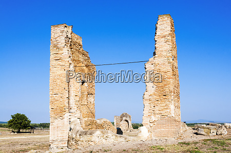 thermal complex naturalistic archaeological park of