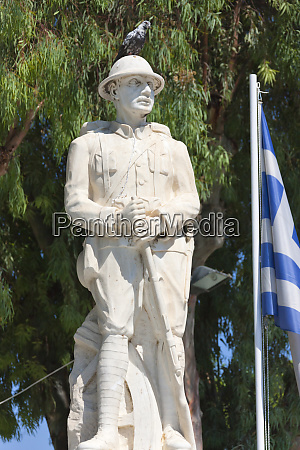 statue heraklion crete island greece